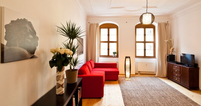 Holiday apartment CLARA in Dresden down town - sleeping- and living room, kitchen, bath incl. Wi-Fi and final cleaning service