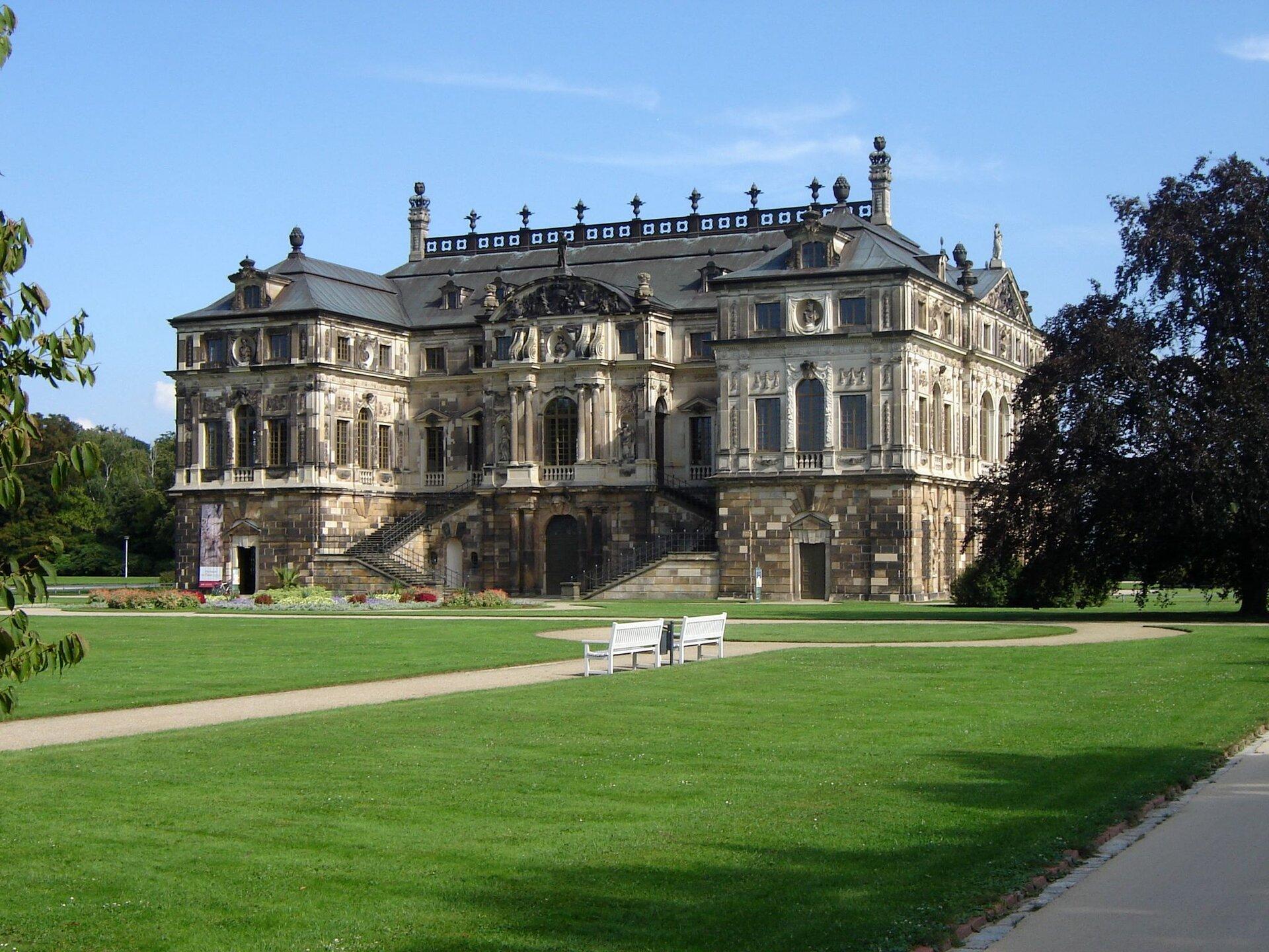 Dresden Grosser Garten Park Zoo And Batanical Garden