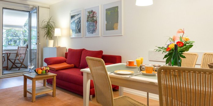 vacation flat AUGUST in town centre Dresden - living- and sleeping room, bath and kitchen plus balcony incl. washing machine, bicycles and WLAN access | Foto: M. Kubitz